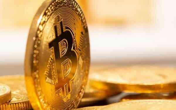 Vượt ngưỡng 19.000 USD, giá Bitcoin tiệm cận đỉnh cao mọi thời đại
