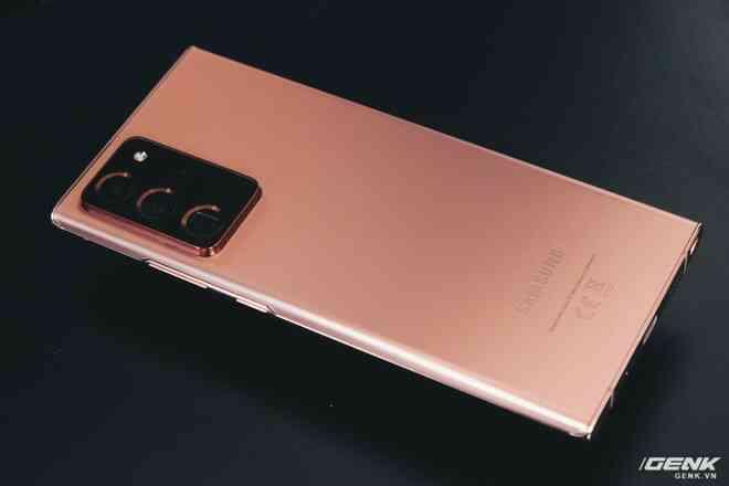 Đánh giá Galaxy Note20 Ultra: Thắng thế vì đối thủ thất thế