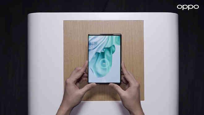 Oppo trình diễn công nghệ sạc không dây không cần tiếp xúc giống với Mi Air Charge của Xiaomi