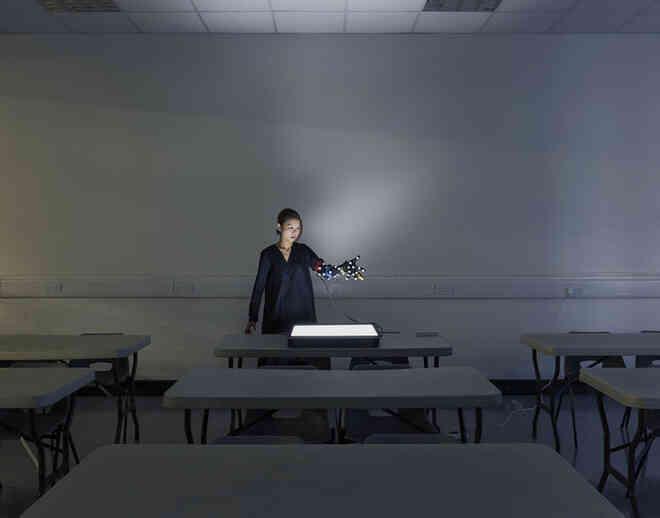 David Vintiner: Thợ săn cyborg và một thế giới khi con người giao thoa với máy móc - Ảnh 21.