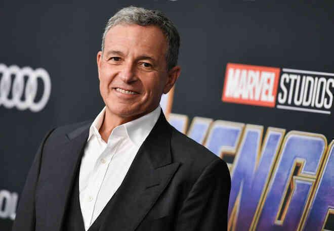 Disney từng hỏi mua Warner Bros. nhưng không thành công, Marvel và DC lỡ cơ hội về chung 1 nhà