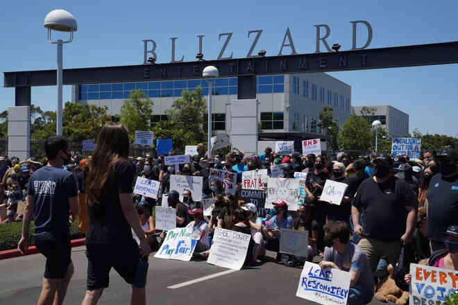 Activision Blizzard bị nhấn chìm bởi bê bối tình dục nội bộ