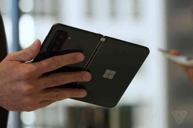 Surface Duo 2 ra mắt: Đã có màn hình 90Hz, camera nâng cấp mạnh, Snapdragon 888, giá 1500 USD - Ảnh 2.